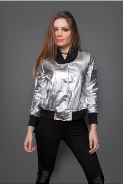 Фирменная  серебристая  кожаная куртка