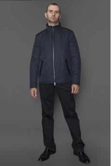Куртка мужская демисезонная синего цвета.