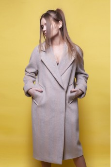 Шерстяное пальто в цвете серый беж