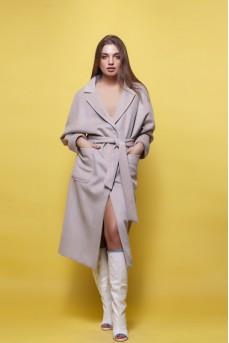 Шерстяное пальто цвета серый беж