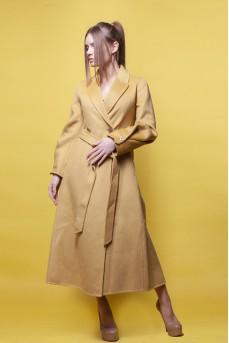 Кашемировое пальто желтого цвета