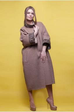 Пальто из шерсти альпаки цвета кэмел