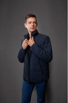 Стильная  куртка синего цвета