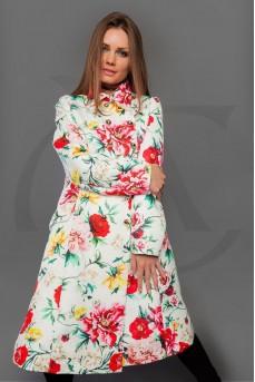 Пальто белого цвета с цветочным принтом