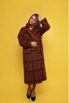 Пальто кирпичного цвета с принтом «квадраты»
